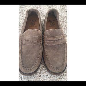 Clarks Men's Size 7 Suede Loafer
